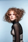 Geo-Look mit Locken