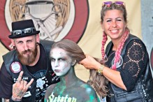 Cooles Styling zum Bodypainting